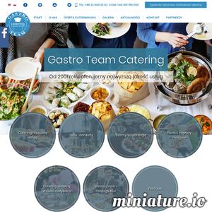 Jesteśmy firmą cateringową z ponad 15-letnim stażem. Stale się rozwijamy podnosząc tym samym swoje umiejętności i zdobywając potrzebne doświadczenie. Gastro Team to firma, której można zaufać! Dzięki posiadaniu dużych możliwości sprzętowych i kadrowych możemy organizować catering na imprezy dla ponad 5000 osób. Organizujemy catering na bankiety, wesela, koktajle, przyjęcia, imprezy prestiżowe, masowe i okolicznościowe. Dla nas nie ma rzeczy niemożliwych – jesteśmy w pełni przygotowani na realizację zamówień bez jakichkolwiek ograniczeń, ich formę oraz standard obsługi.  Oferta cateringowa  Gastro Team przygotuje dla Państwa prestiżowe przyjęcia zasiadane do 5 tysięcy osób, kameralne koktajle firmowe w stylu amerykańskim lub w formie szwedzkich bufetów, a także rodzinne garden party i każdą inną wersję tematyczną dopasowaną do danego eventu.