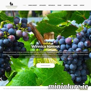 Winnica Nawrot – to  nowoczesna przestrzeń, w skład której wchodzą restauracja,  miejsca noclegowe oraz Muzeum Wina. Obiekt znajduje się  w Mechelinkach – malowniczej nadmorskiej miejscowości. Położony jest na klifie w wyjątkowej pod względem krajobrazu części Pobrzeża kaszubskiego. Z okien rozciąga się widok na rezerwat przyrody,  Zatokę Gdańską  oraz okoliczne łąki. Winnica Nawrot jak sama nazwa wskazuje – słynie z szerokiego wyboru najlepszych win, a także wykwintnej kuchni łączącej tradycję z nowoczesnością. Oferta lokalu oprócz codziennego serwisu, obejmuje organizację imprez okolicznościowych takich jak wesela, chrzciny, komunie, jubileusze, imprezy firmowe, sylwestrowe itp. Klifowa 17, 81-198 Mechelinki Tel.: 883 359 516 E – mail : restauracja@winnicanawrot.pl https://www.winnicanawrot.pl/
